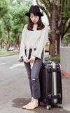 ANNMODETW韓國購入 破損牛仔褲的時尚穿搭