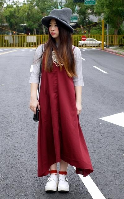 適合長版略帶點日系穿搭風格、日系混搭、厚底鞋必備、MOUNTAIN HAT、厚底鞋、KIJIMA TAKAYUKI、TOKYO BOPPER的穿搭