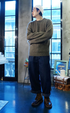 時尚穿搭:毛海毛衣
