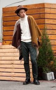 PLAIN-ME 高領毛衣的穿搭