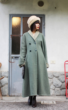 時尚穿搭:Green Wool Coat