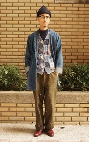 ENGINEERED GARMENTS X BEAMS 拼接背心的穿搭
