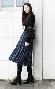 X.D. 黑色蕾絲袖上衣的時尚穿搭