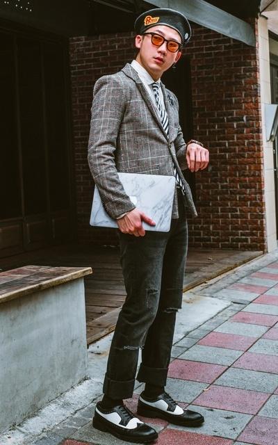 適合SUIT WALK、刮鬍刀、紅檀木 刮鬍刀/修容套組、西裝外套、牛仔褲、GRAND MANNER 格蘭紳士、CROWN、LEE的穿搭