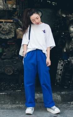 時尚穿搭:Hardrock vintage T-shirt x french work pant