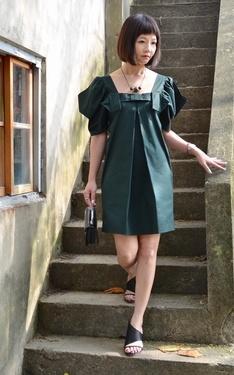 時尚穿搭:像是紙摺出來的洋裝