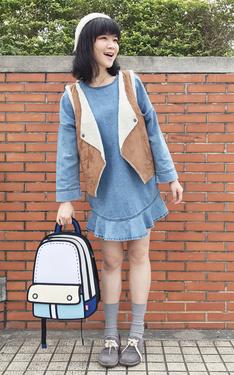 時尚穿搭:2D女孩