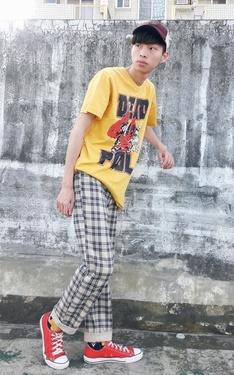 時尚穿搭:DEAD POOL T