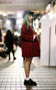 OREO SHAKE 日本古着格子大衣的時尚穿搭
