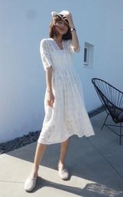 LULUS 蕾絲鉤織洋裝的穿搭