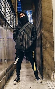 時尚穿搭:黑暗