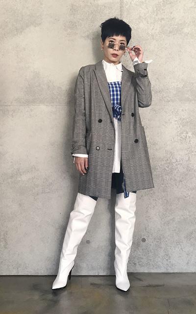 適合EDGE、COOL CHIC、WHITE BOOT、FASHION STYLE、襯衫馬甲、WHITE BOOTS、SEA、OFF-WHITE的穿搭