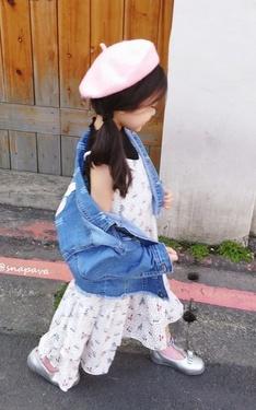 時尚穿搭:碎花洋裝x牛仔外套