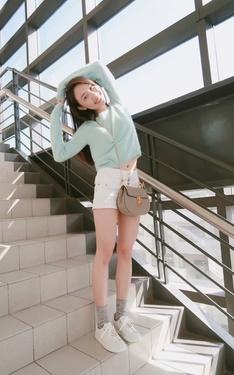 時尚穿搭:C'est Agnes 2018-04-13的搭配