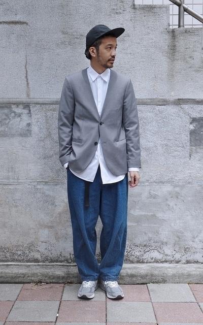 適合PLAIN-ME、繭形牛仔褲、COP BY PLAIN-ME的穿搭