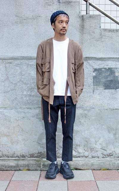 適合PLAIN-ME、錐形褲、罩衫、COP BY PLAIN-ME的穿搭