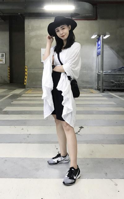 適合極簡黑白、黑白搭配、跑鞋、NIKE的穿搭