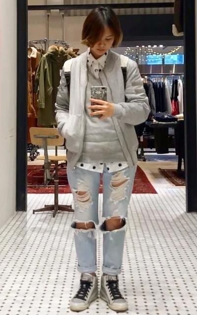 適合灰色系、灰、破褲、牛仔破褲、點點的穿搭