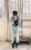 時尚穿搭:小露香肩美式風格