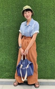 時尚穿搭:天空藍X橘