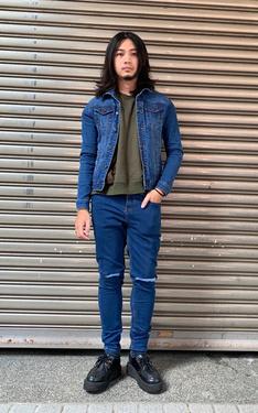 時尚穿搭:深藍牛仔