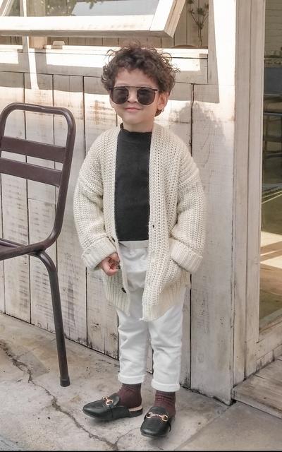 適合休閒雅痞、針織外套、穆勒鞋、針織開襟衫、正韓貨、淘寶的穿搭