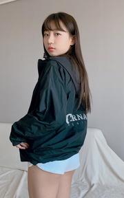 COVERNAT [COVERNAT] 20SS PACKABLE WINDBREAKER的時尚穿搭