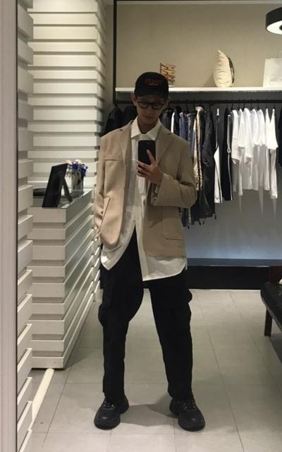 適合多層次、寬鬆舒服、黑白配、西裝混搭、西外的穿搭