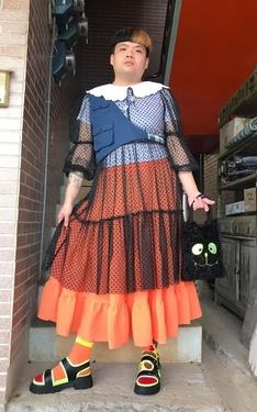 時尚穿搭:藍橘黑白の胖子