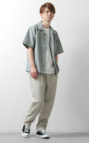 ZIP FIVE 寬版開領短袖襯衫 的時尚穿搭