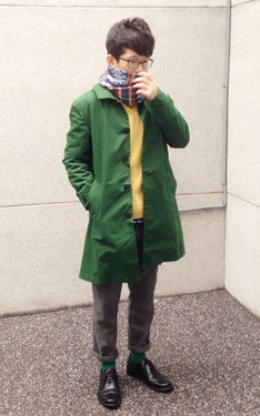 時尚穿搭:Frozen Day ☂n Postman Green Coat