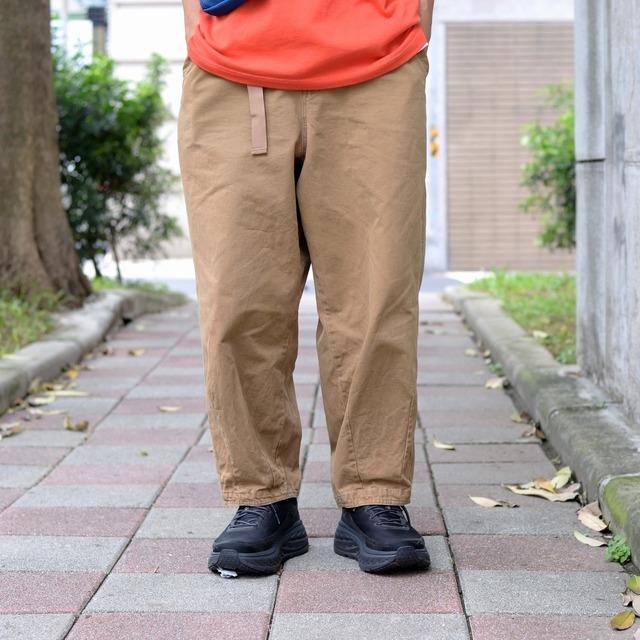 PLAIN-ME 的 斜紋棉質繭型長褲