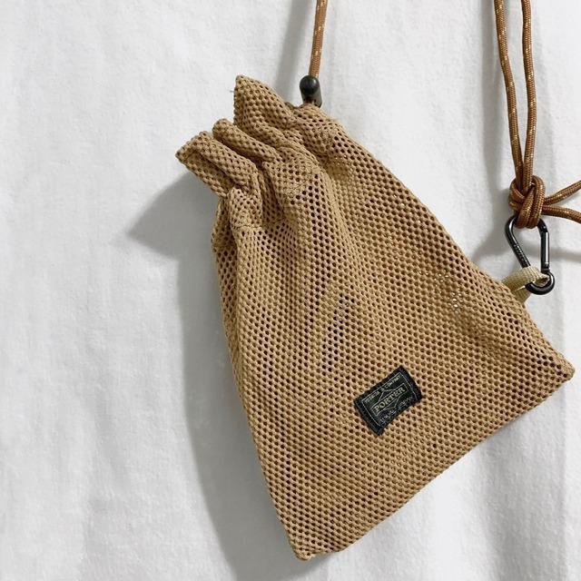 B JIRUSHI YOSHIDA 的 隨身小包