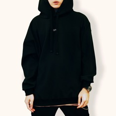 ISFN 的 ISFN A/W DROPPED SHOULDER HOODIE 連帽上衣