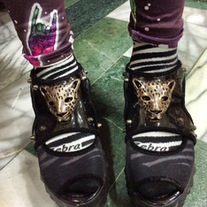 NO BRAND 的 鞋子褲子襪子
