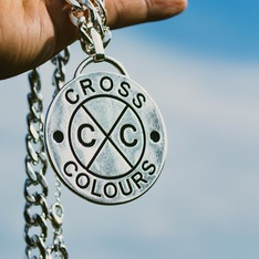 CROSS COLOURS 的 項鍊