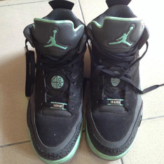 JORDAN SON OF LOW 的 球鞋
