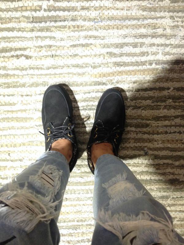 YRU 的 厚底鞋