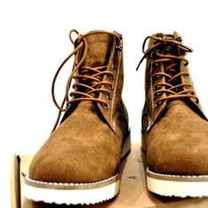 HARE 的 麂皮高筒靴