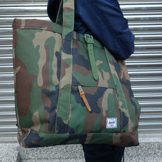 HERSCHEL SUPPLY CO. 的 TOTE 包包