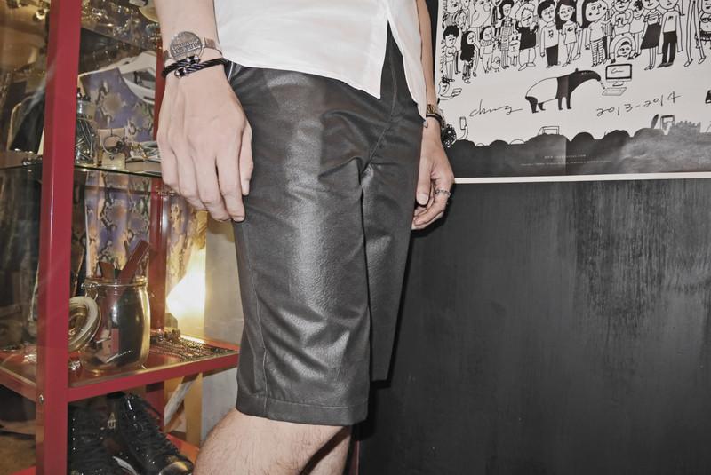 MR. TIGER 的 短褲