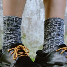 UNIQLO 的 雪花襪