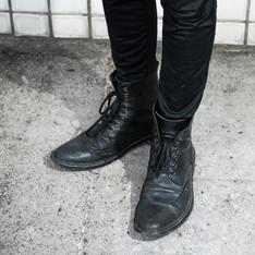 BY SATISFACTION 的 英國手工雕花鞋