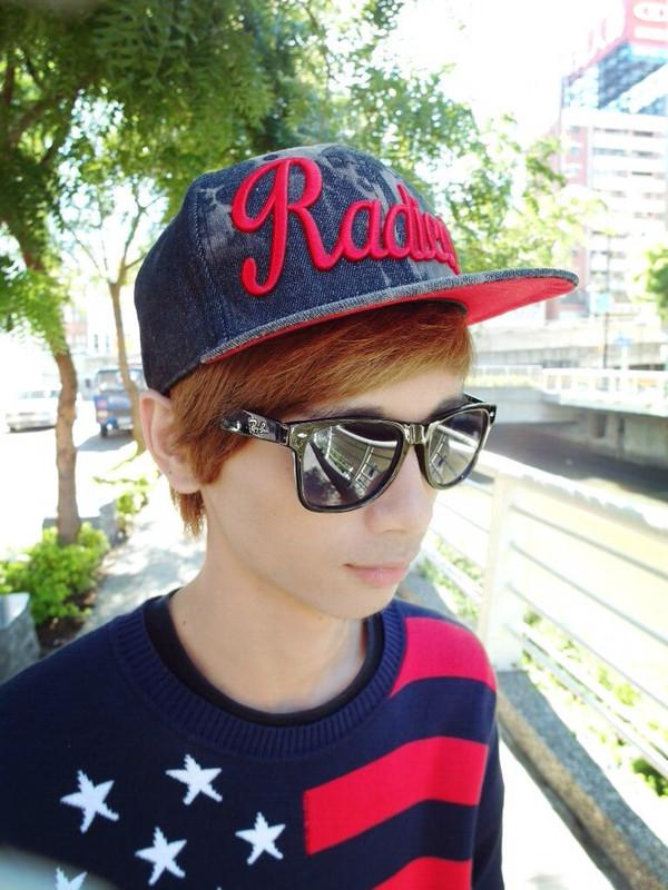 RAY BAN 的 太陽眼鏡