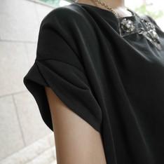 EFFORTLESS 的 洋裝