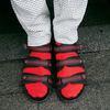無品牌 的 紅鞋襪
