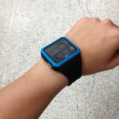 ADIDAS 的 電子手錶
