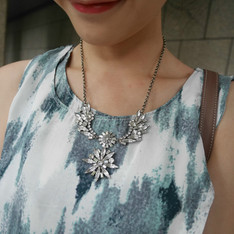 DANNIJO 的 STATEMENT NECKLACE