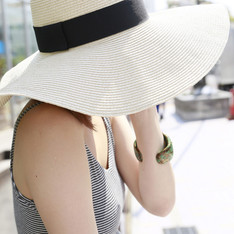 FOREVER 21 的 STRAW HAT