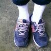 無品牌 的 白襪球鞋
